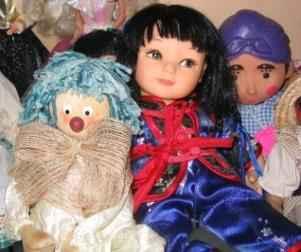 offline niche swap meet dolls